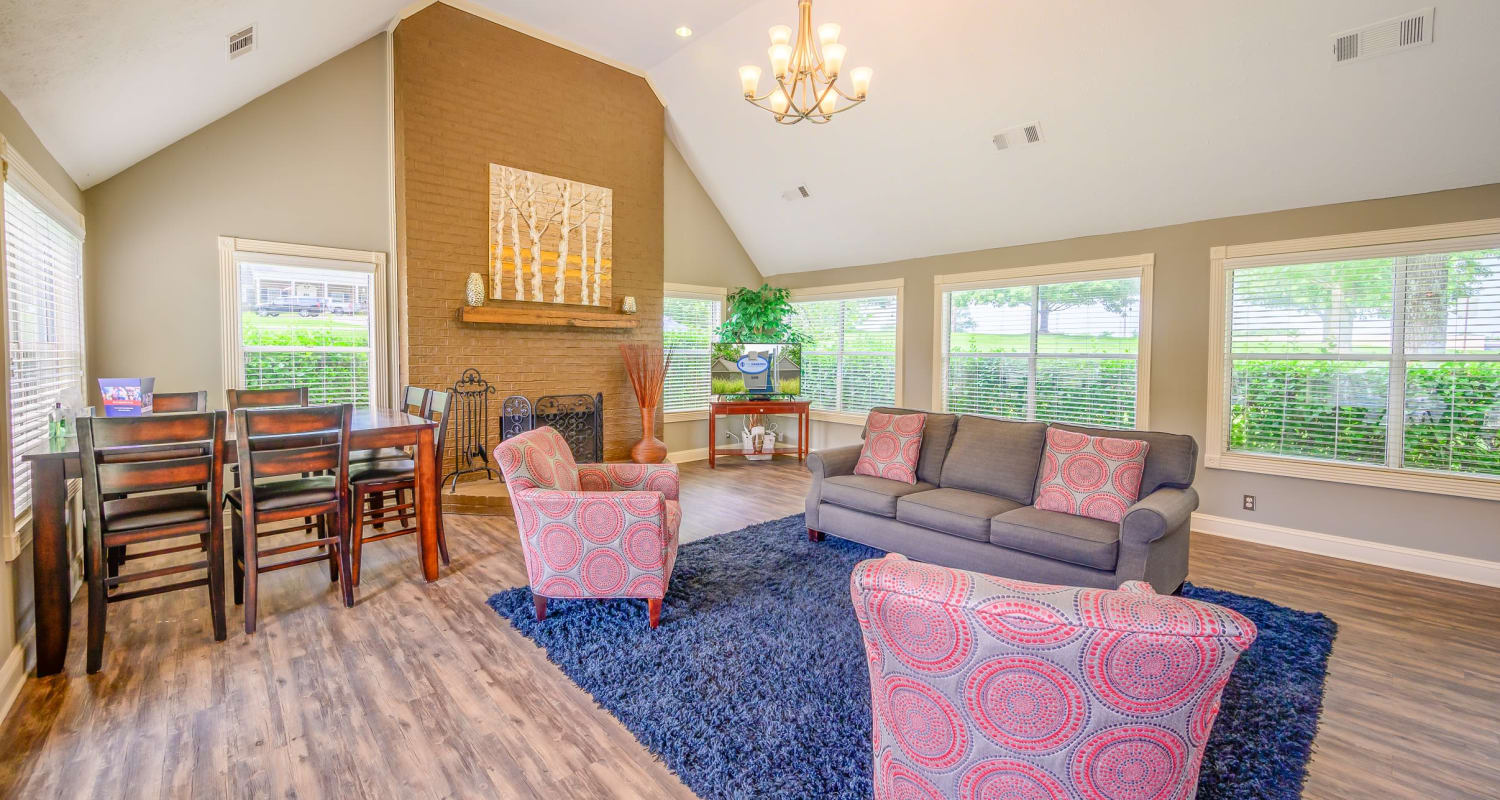 Spacious, contemporary lounge for residents at The Hamilton in Hendersonville, Tennessee