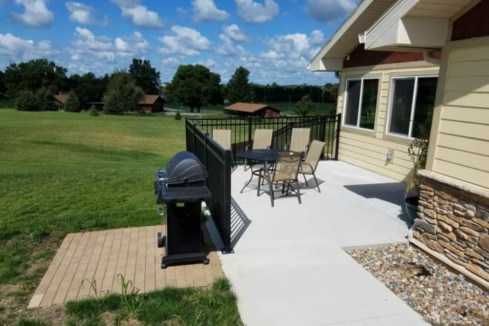 Patio resident grilling area at Manning Senior Living in Manning, Iowa.
