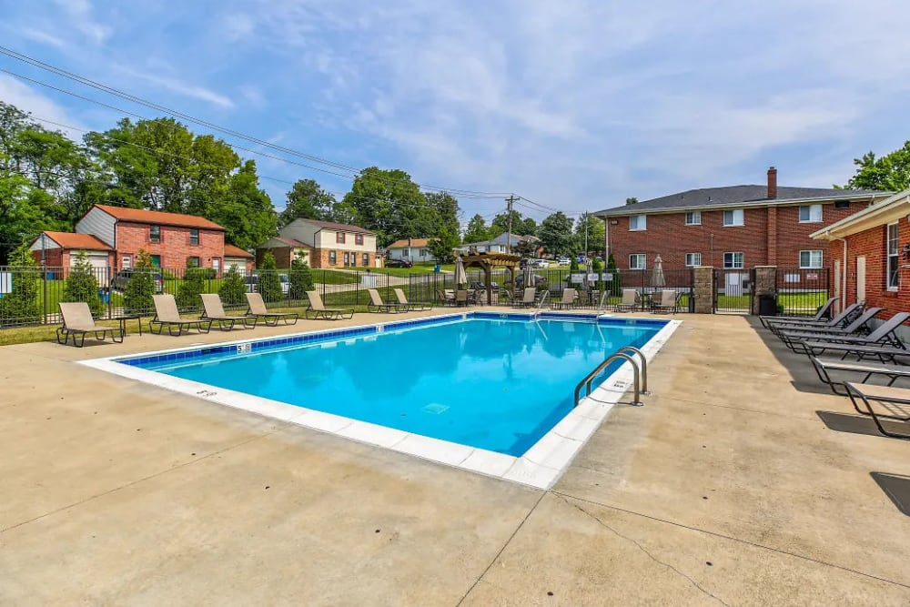 The relaxing swimming pool at Four Seasons Apartments in Erlanger, Kentucky