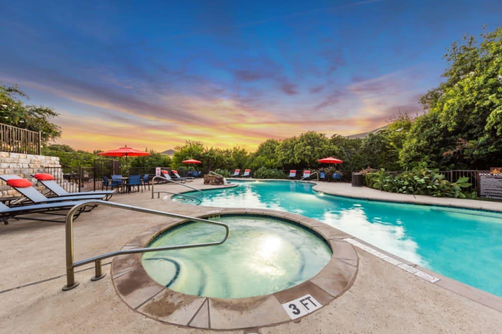 Hot tub poolside at Marquis at Canyon Ridge in Austin, Texas