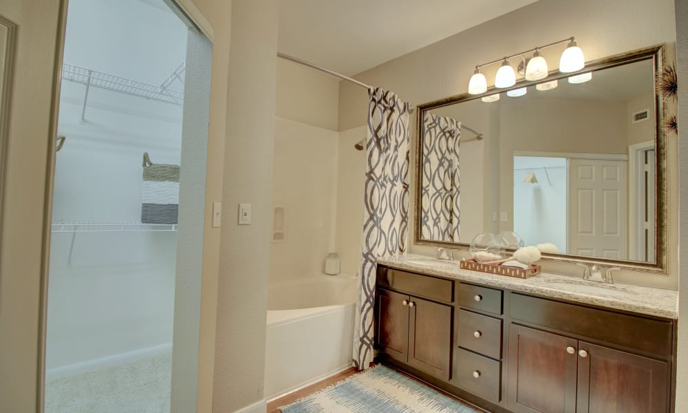 Cozy bathroom at apartments in The Woodlands, Texas