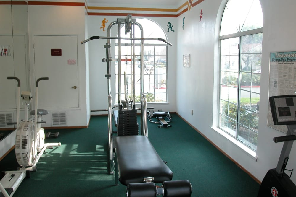 Spacious fitness center at Berkshire Laurel Creek Fairfield, California