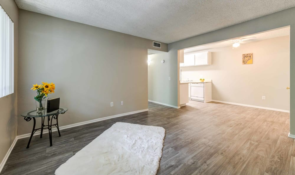 Living room at Creekside Village Apartment Homes
