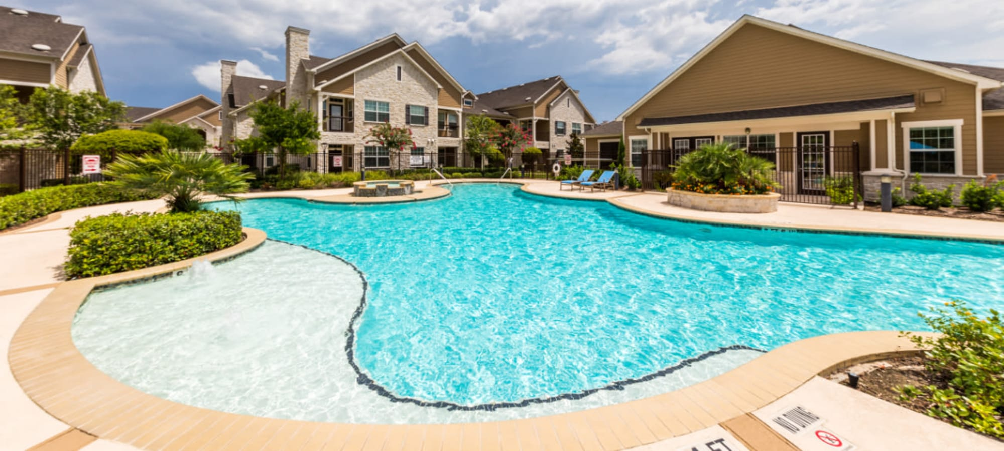 Virtual tours of Marquis at Cinco Ranch in Katy, Texas