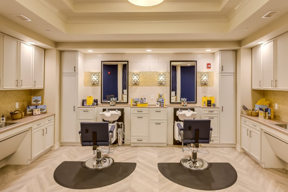 Salon at Maplewood at Twinsburg in Twinsburg, Ohio