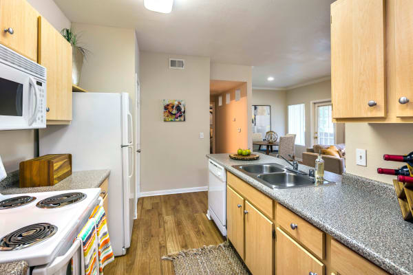 Kitchen layout with all of the amenities at Miramonte and Trovas in Sacramento, California