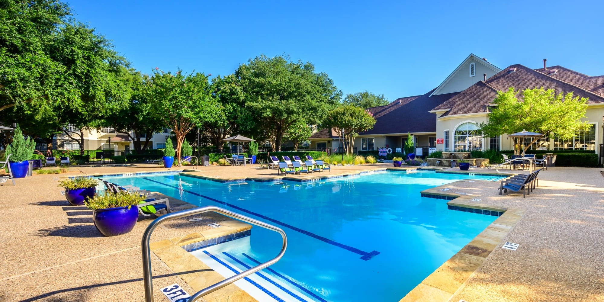 Apartments at 23Hundred @ Ridgeview in Plano, Texas