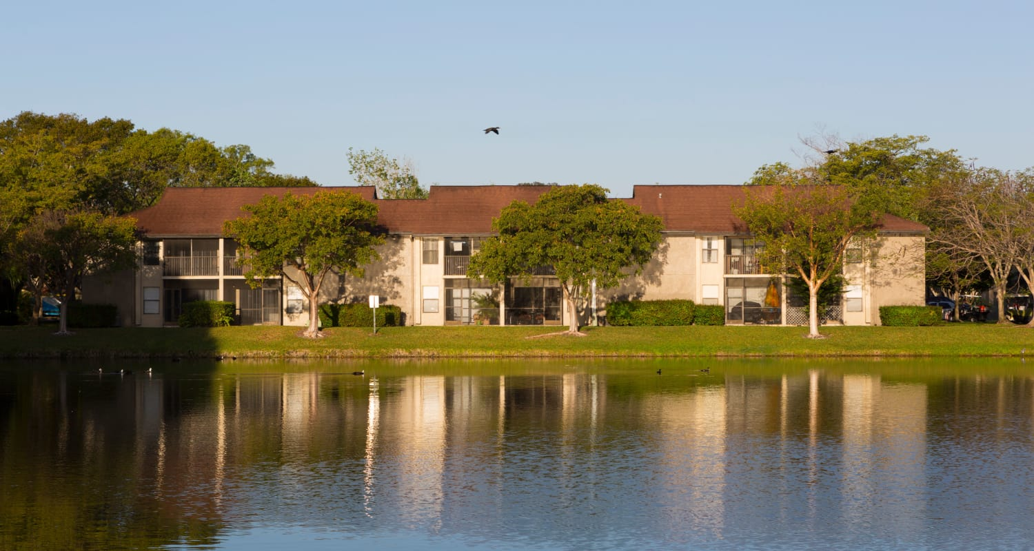 Beautiful lakeside view at Siena Apartments in Plantation, Florida