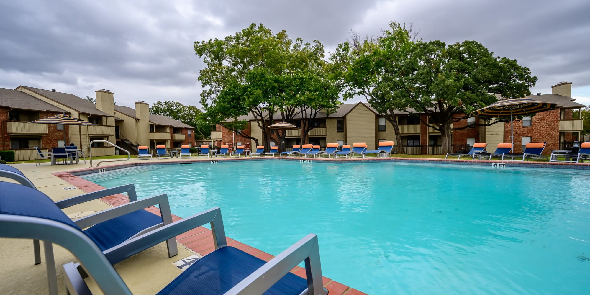 Apartments at The Logan in Bedford, Texas