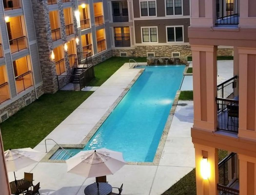 Community amenities at Heights West 11th in Houston, Texas