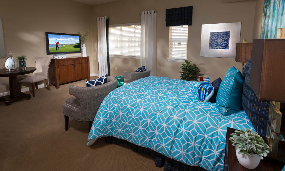 Spacious bedroom at Estancia Del Sol in Corona, California