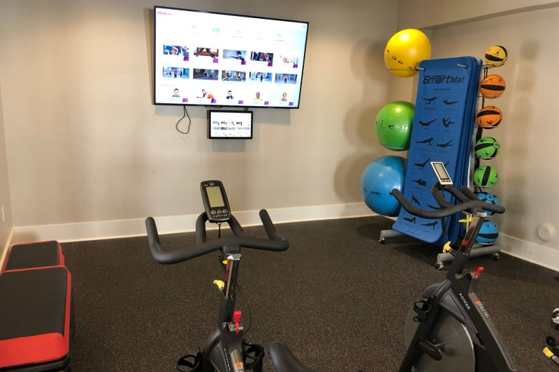 Very well-equipped onsite fitness center at Level at 401 in Raleigh, North Carolina