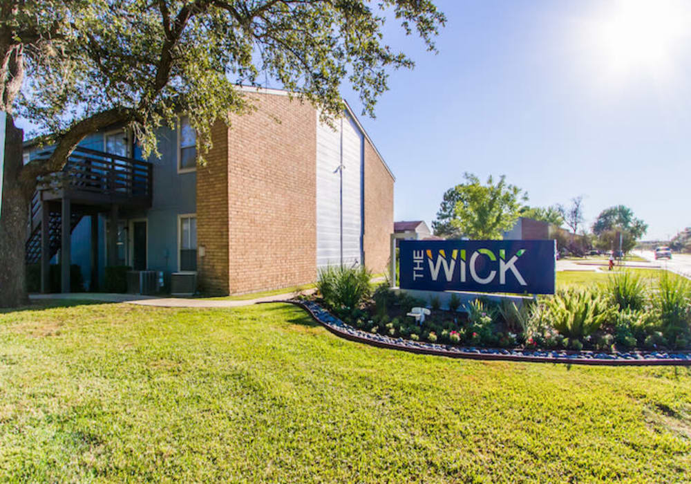 Entry sign at Willowick Apartments in College Station, Texas