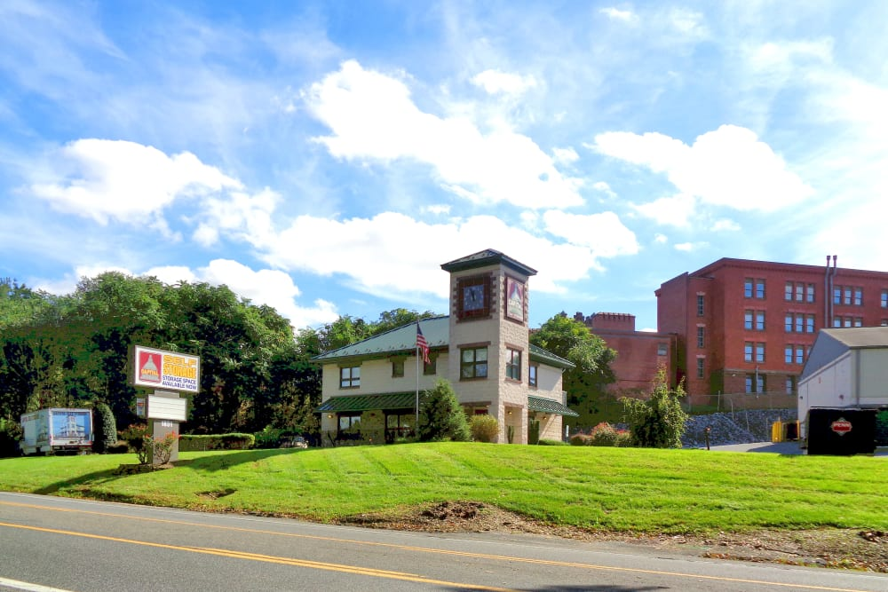 Exterior view of Capital Self Storage in Harrisburg, Pennsylvania