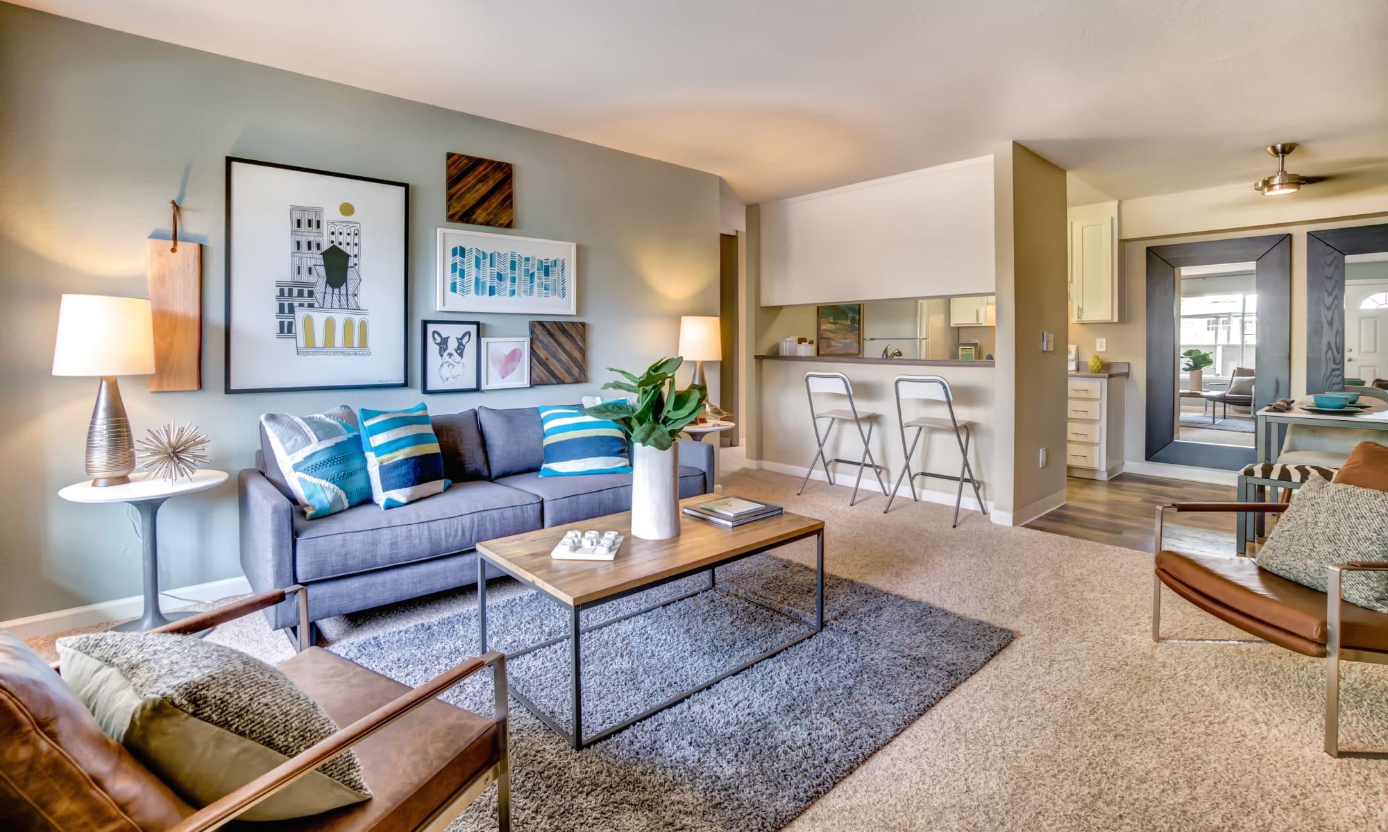 Willow Glen San Jose, CA Apartments for Rent | Sofi at Los ...