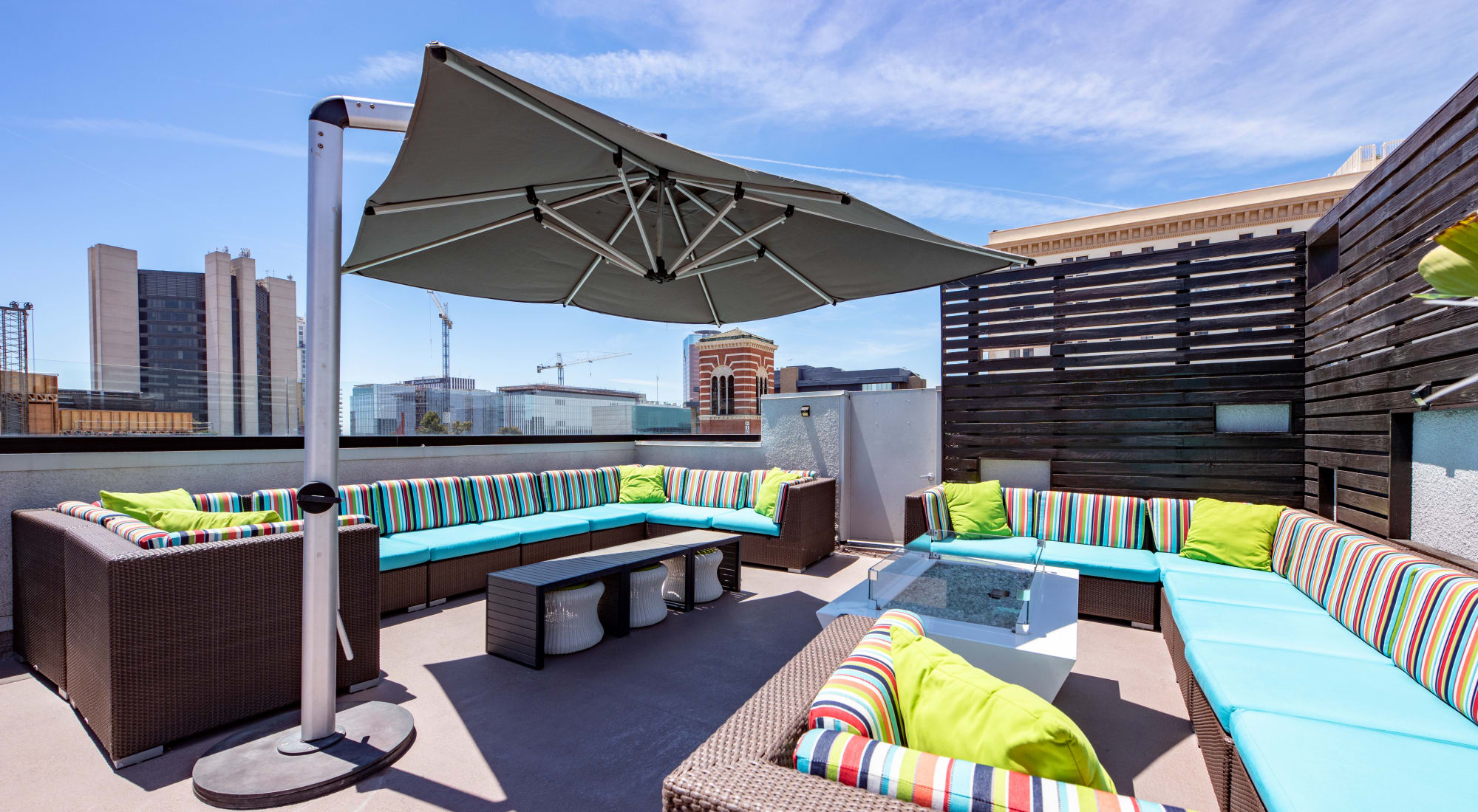 Amenities at Sofi at 3rd in Long Beach, California