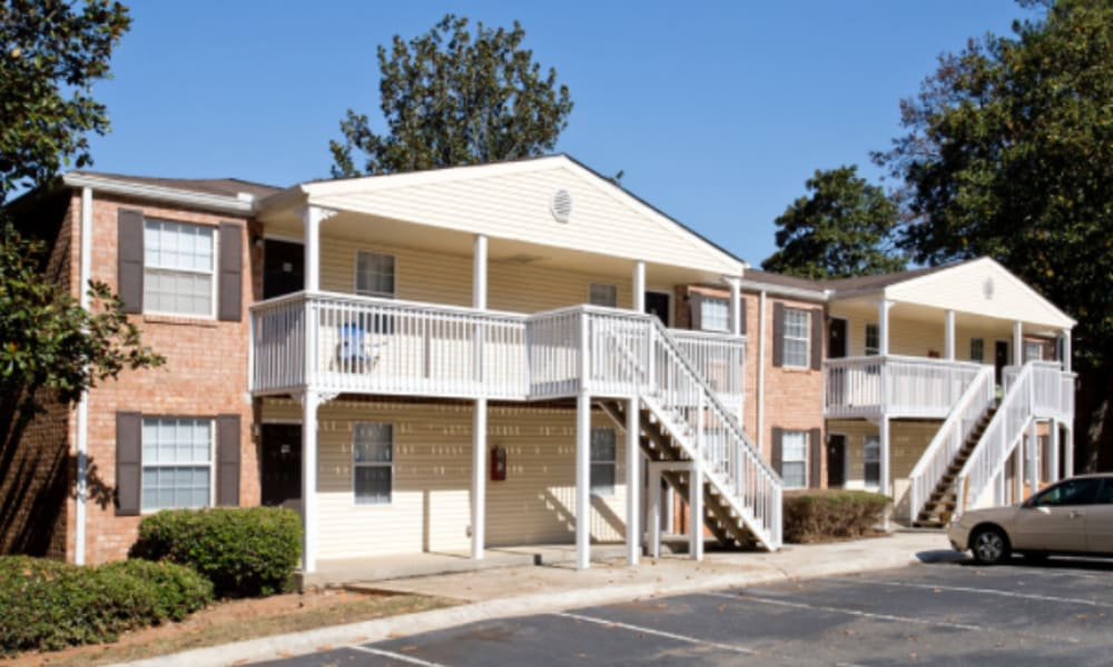 Front view of Centerview Terrace in Smyrna, Georgia