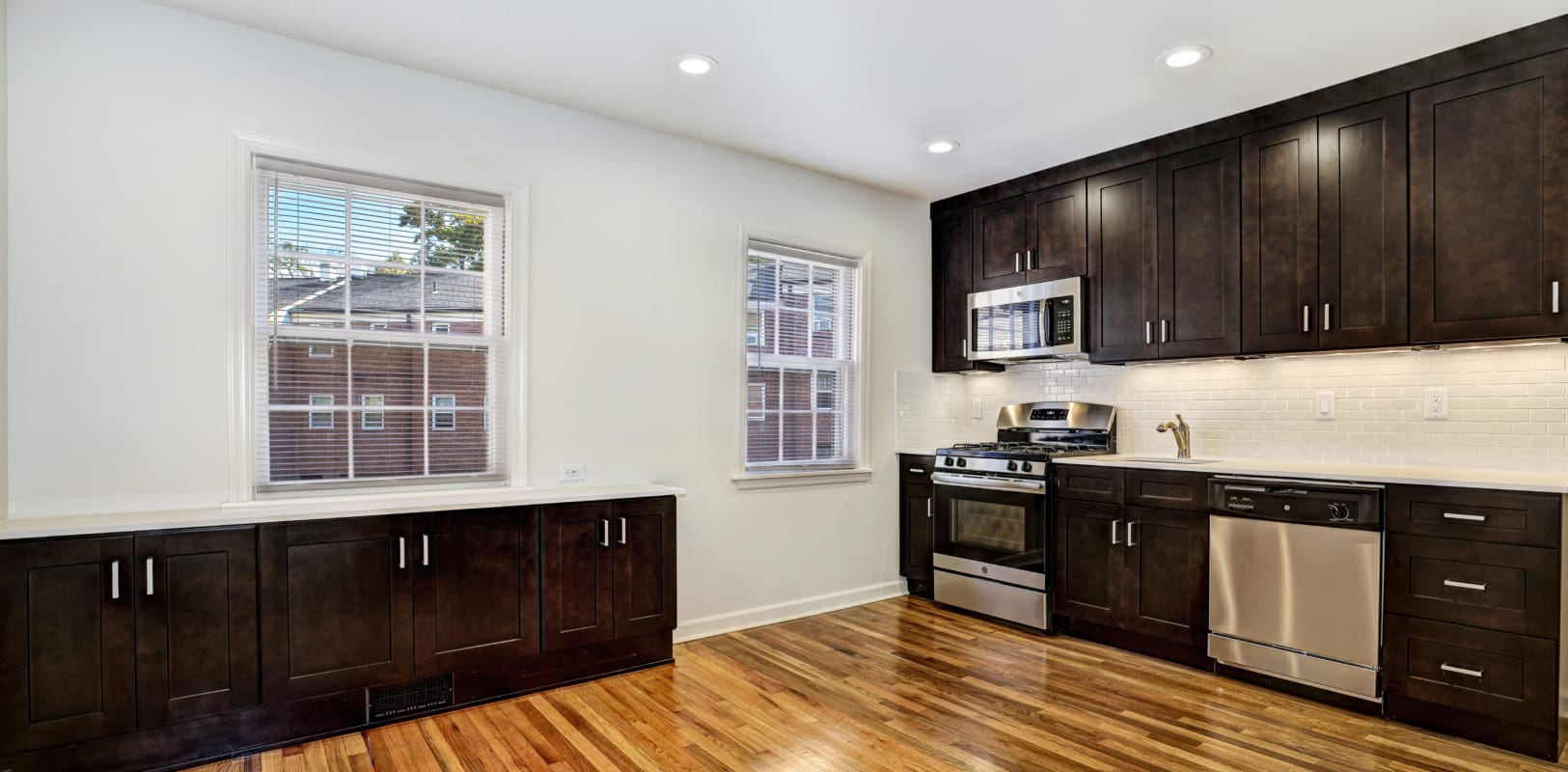 Large kitchen with plenty of cabinetry at General Wayne Townhomes and Ridgedale Gardens in Madison, New Jersey