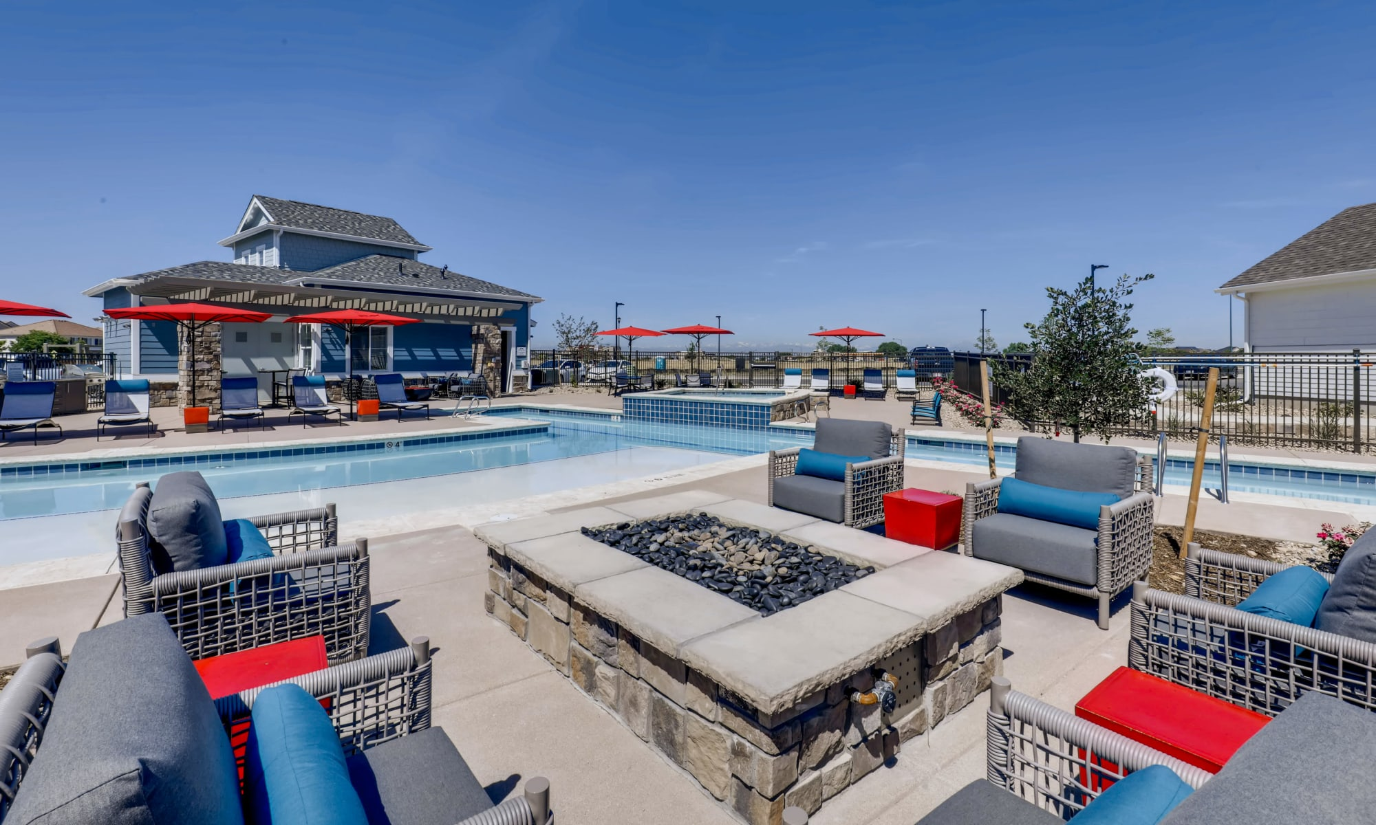 Resort-style pool at Avilla Buffalo Run in Commerce City, Colorado
