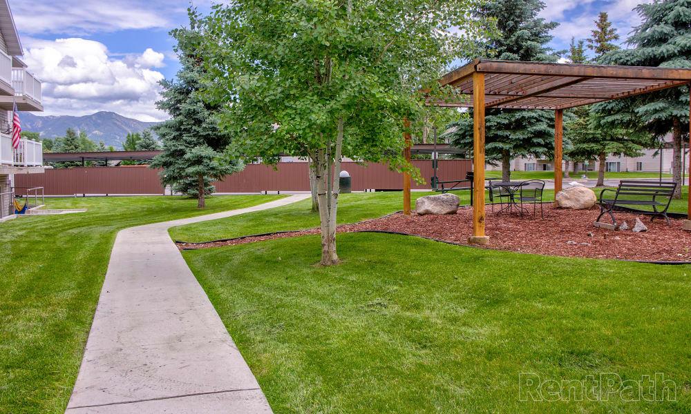 Our apartments in Bozeman, Montana showcase beautiful walking paths