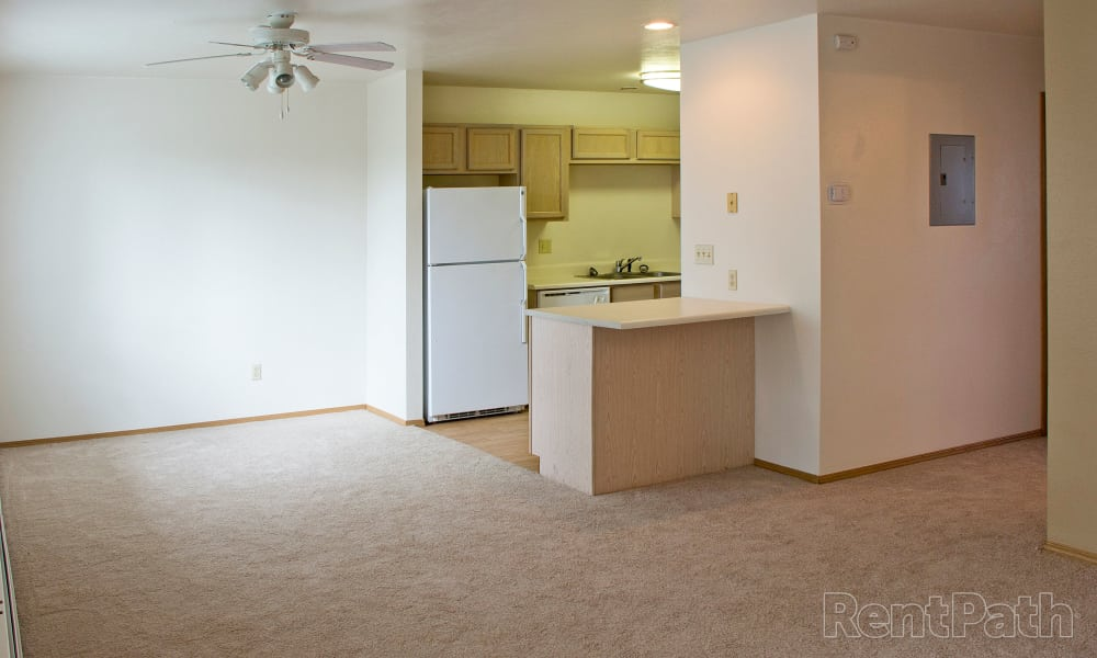 Mountain View Apartments offers a spacious bedroom in Bozeman, Montana
