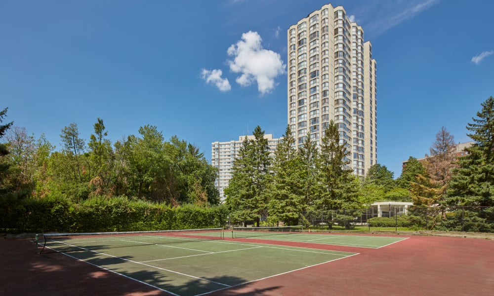 10 Lisa tennis courts in Brampton, Ontario