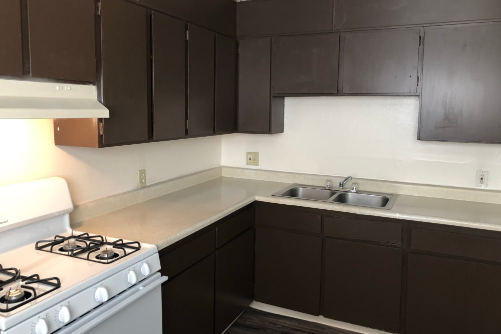 Kitchen layout at Tiffany Square in Lakewood, Colorado