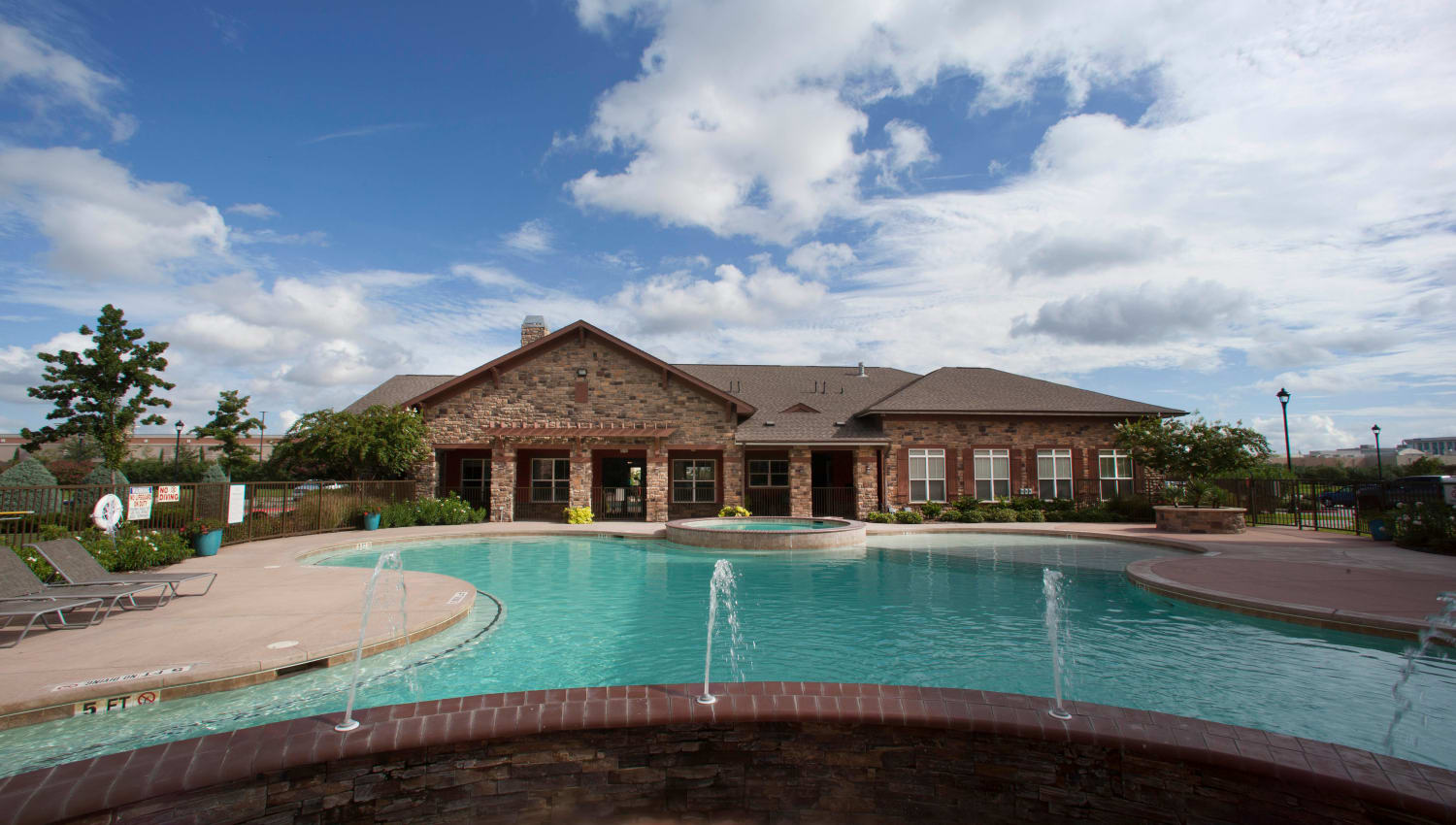 Fountains in the pool at Olympus Katy Ranch in Katy, Texas