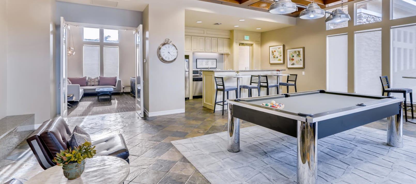 Resident's Clubhouse With Kitchen in Alize at Aliso Viejo Apartment Homes in Aliso Viejo, California