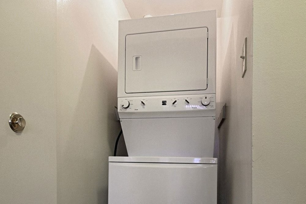 Washer/dryer at King's Manor Apartments in Harrisburg, Pennsylvania