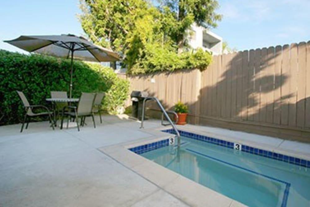 Vista Pointe I swimming pool