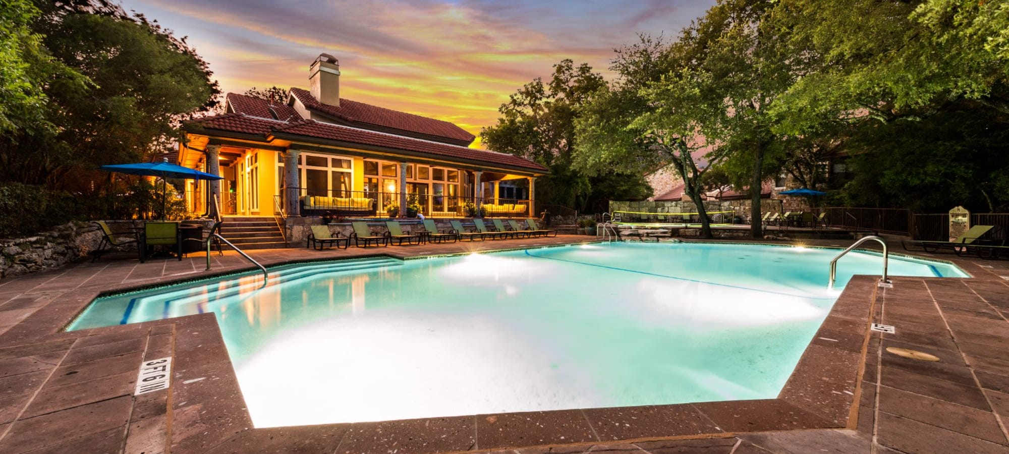 Apartments at Marquis at Caprock Canyon in Austin, Texas