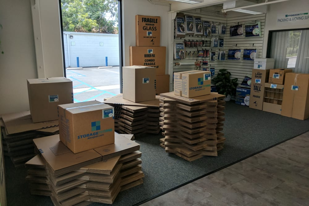 Moving Supplies for Sale at Storage Etc... Long Beach