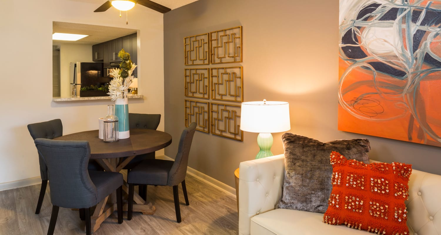Contemporary dining room at Siena Apartments in Plantation, Florida