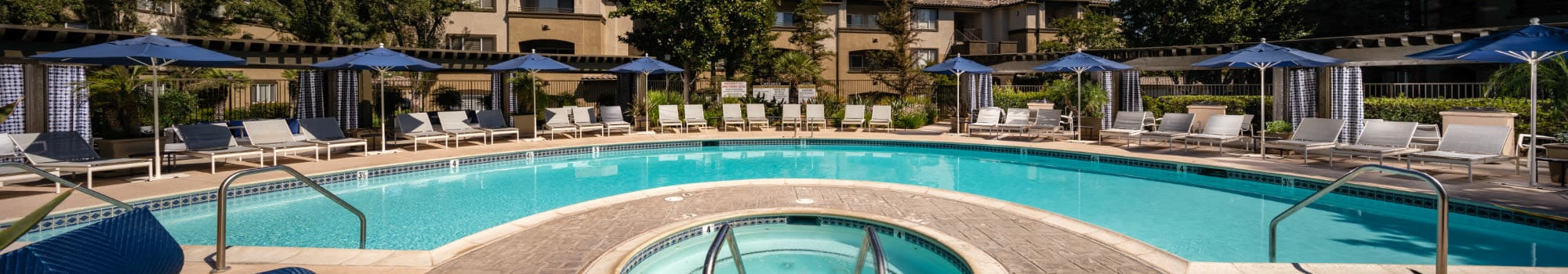 Furnished apartments at Castlerock at Sycamore Highlands in Riverside, California