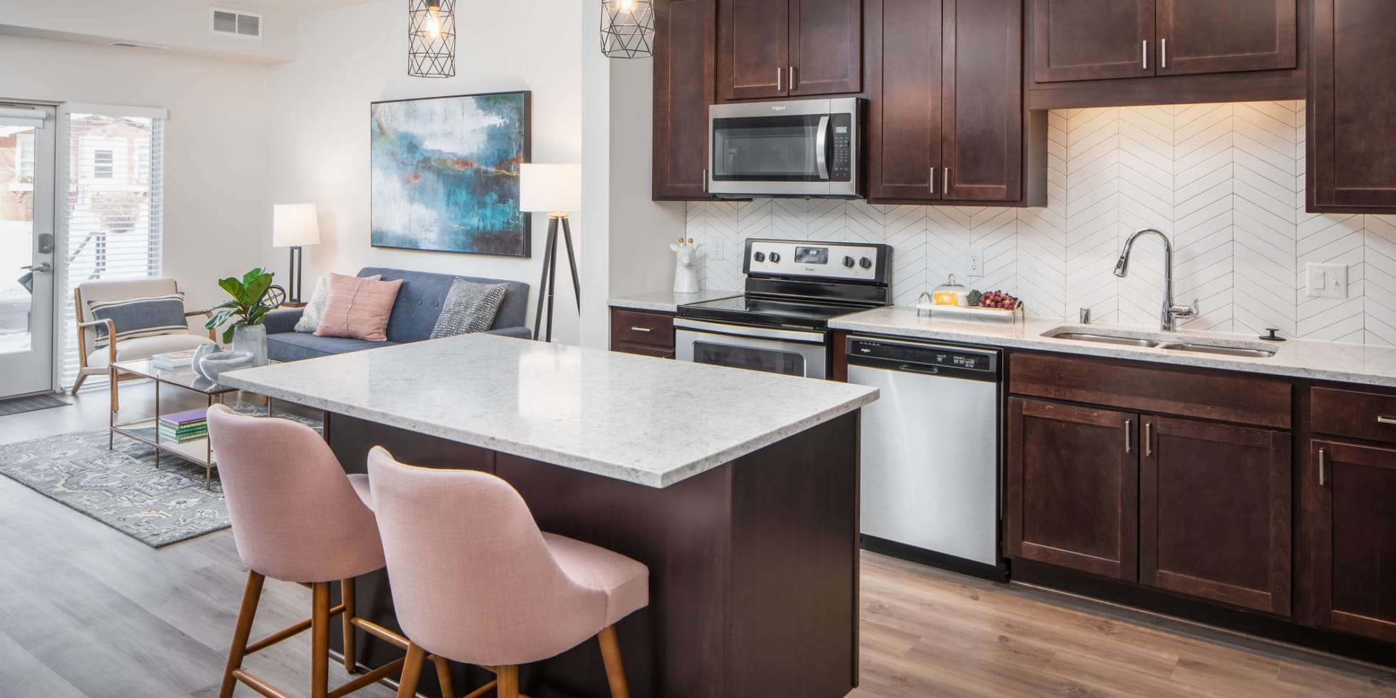 Luxury apartments at Oaks Minnehaha Longfellow in Minneapolis, Minnesota