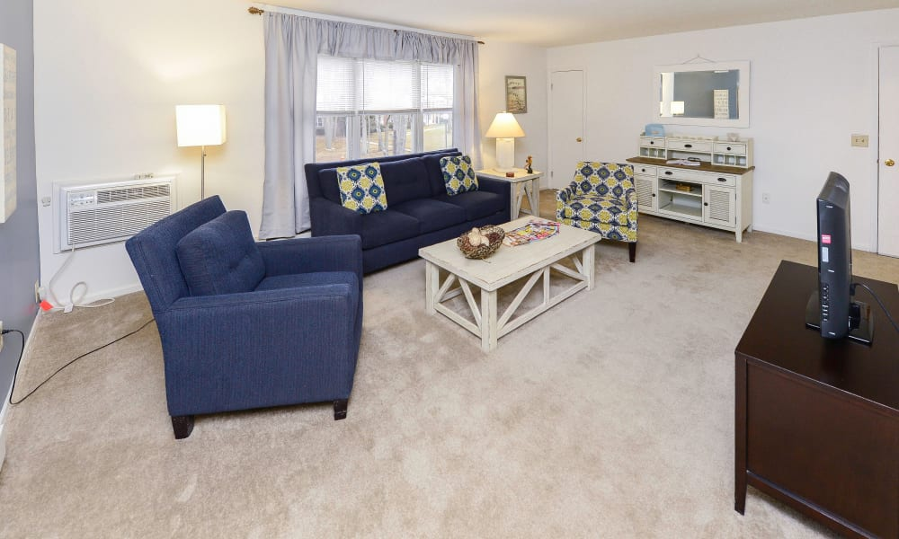 Eatoncrest Apartment Homes offers a beautiful living room in Eatontown, New Jersey