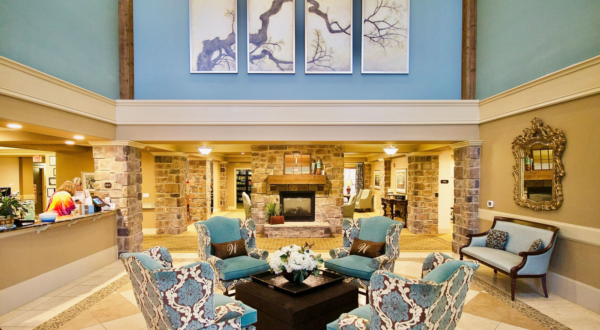 Senior living at Isle at Watercrest Mansfield in Mansfield, Texas