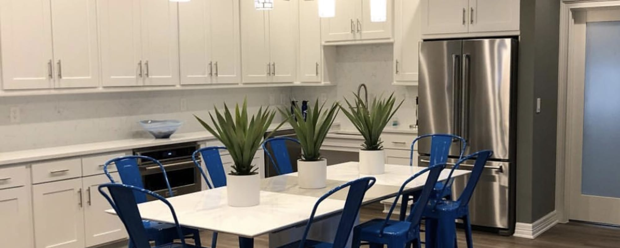 Community resident kitchen at The View at Encino Commons in San Antonio, Texas