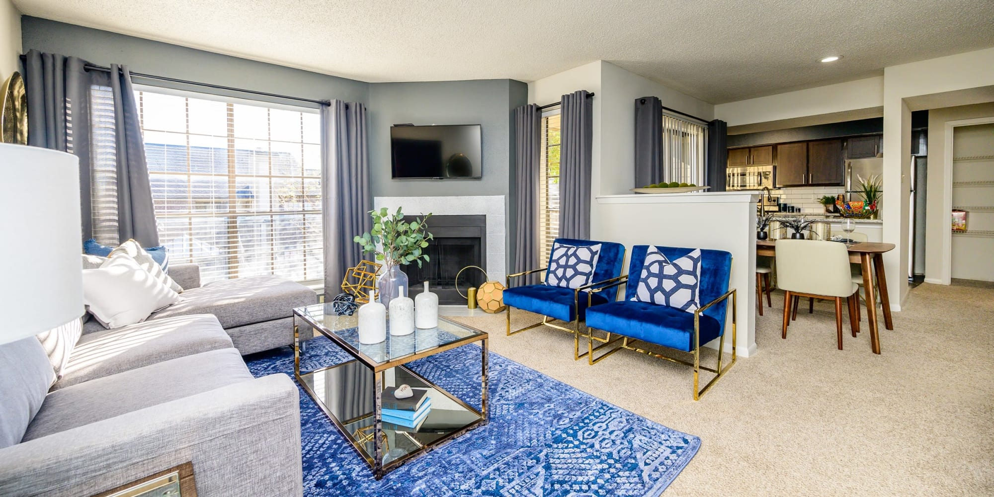 Apartments at Laurel Heights at Cityview in Fort Worth, Texas
