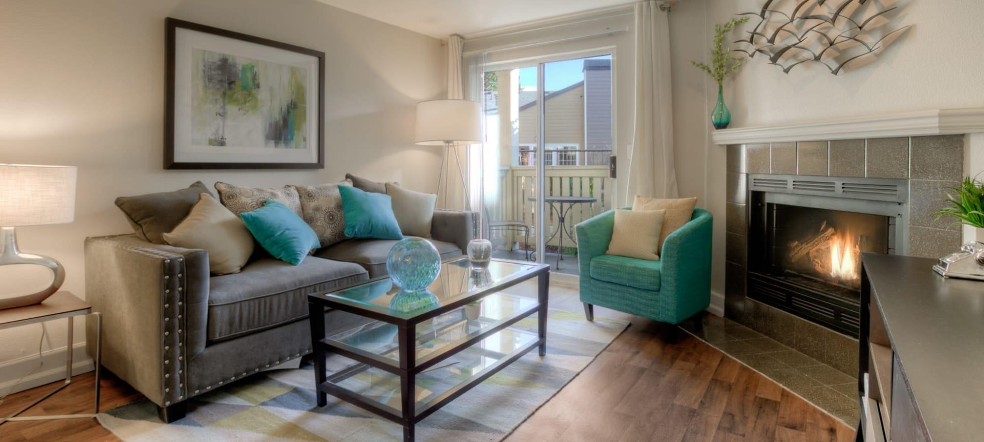 Newcastle, Washington apartments at Newport Crossing Apartments