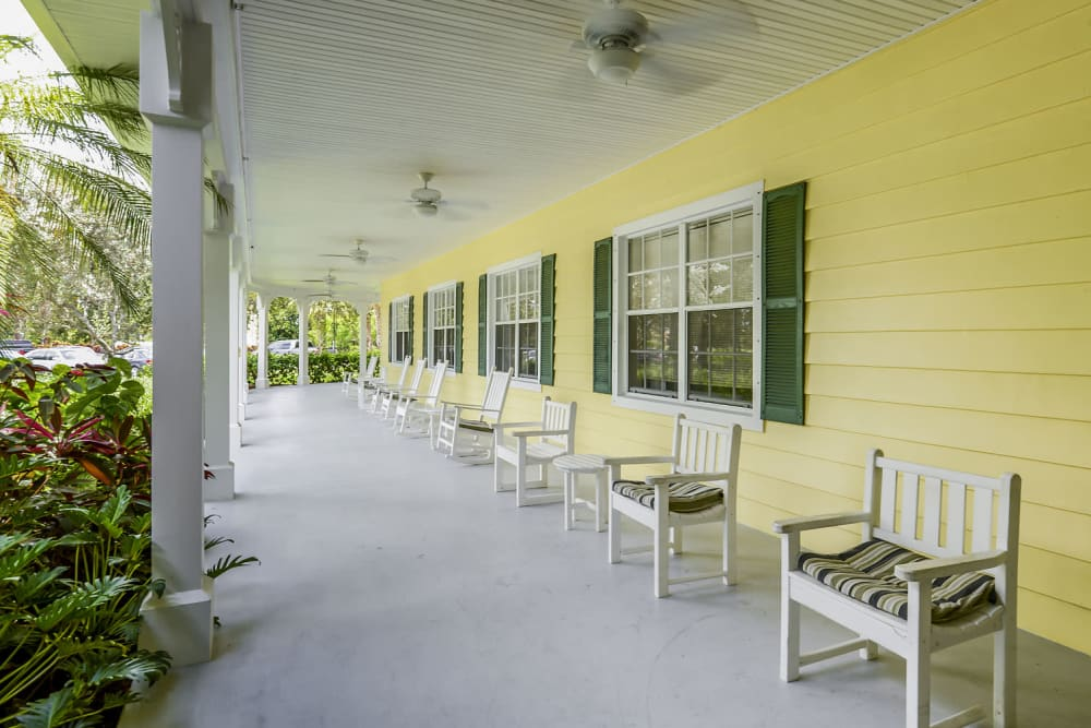 Inviting Front porch at an Arbor Oaks Senior Living community