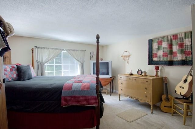 Bedroom at Talbot Woods Apartments in Middleboro