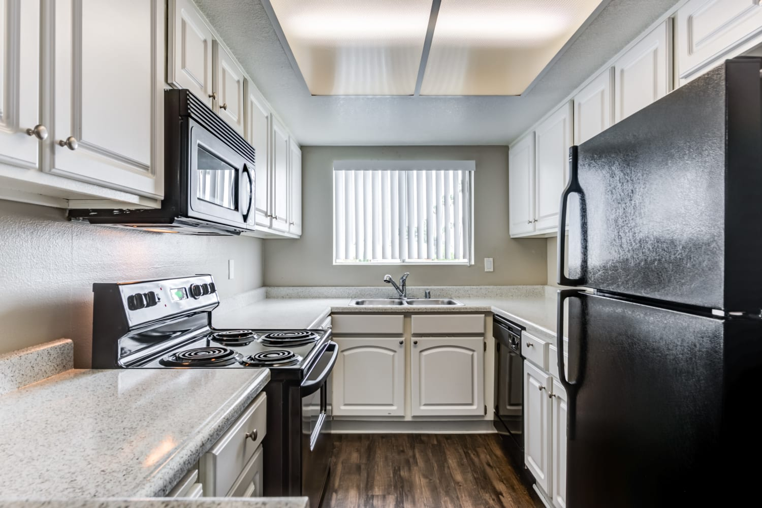 Beautiful Kitchen at Apartments in Glendale, California