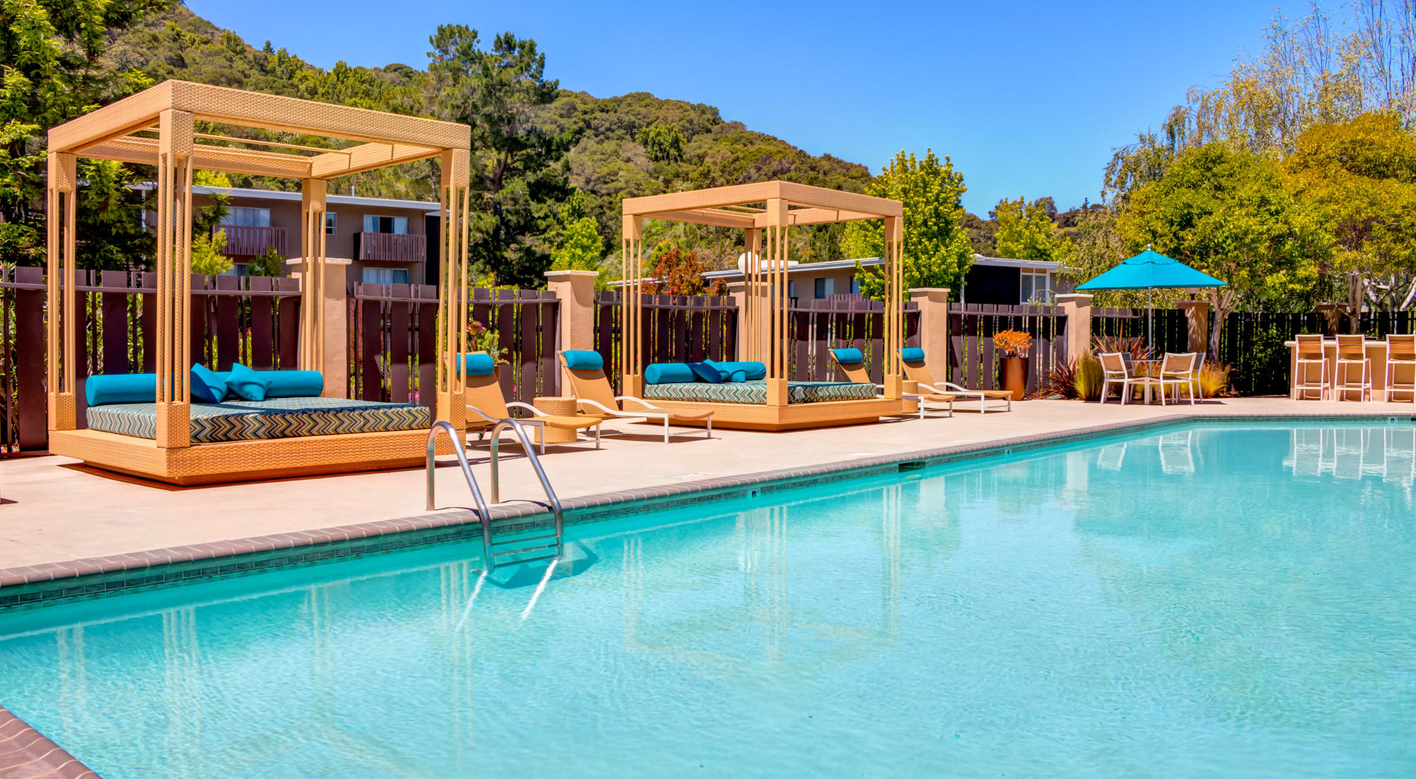 Apply to live at Sofi Belmont Hills in Belmont, California