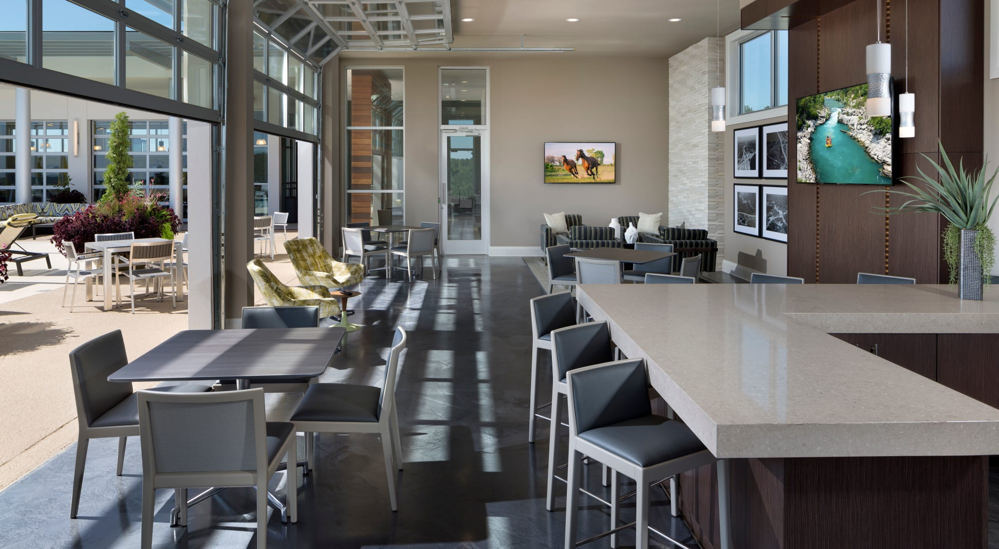 Atlanta Apartments & Townhomes for Rent   The Encore