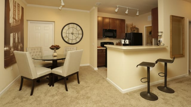 Dining room area at Integra Woods in Palm Coast