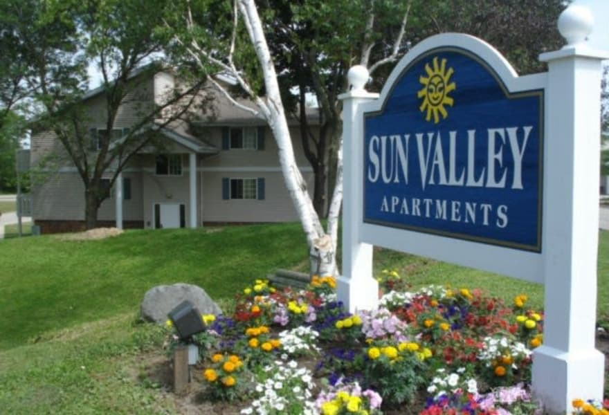 Signage at Sun Valley Apartments in Fitchburg, WI