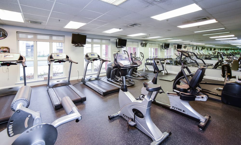 Fitness center at Bishop's View Apartments & Townhomes