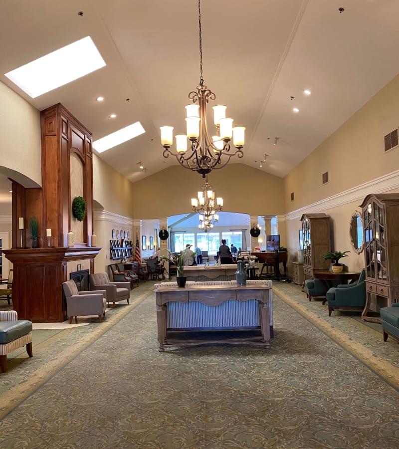 The lobby at Pacifica Senior Living Fresno in Fresno, California